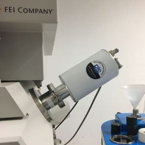 In-situ plasma cleaner on FEI SEM and dual-beam FIB system